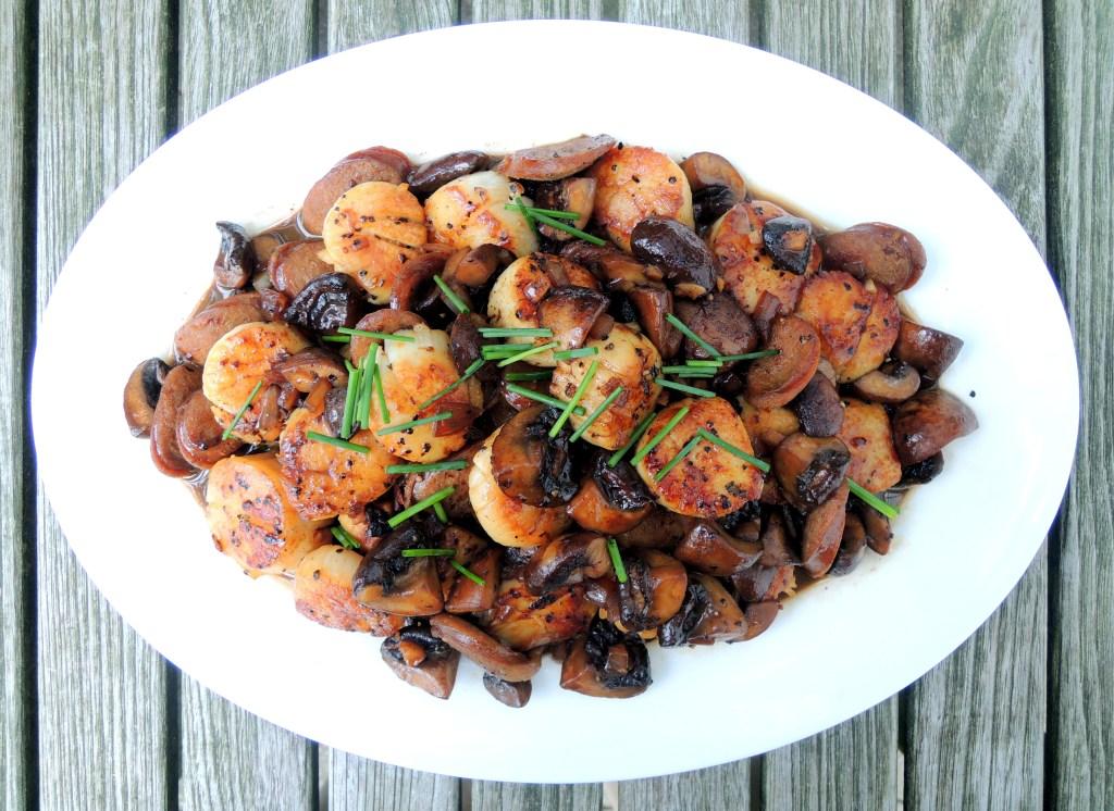 Scallops, pan-seared sea scallops with chorizo and mushrooms 1