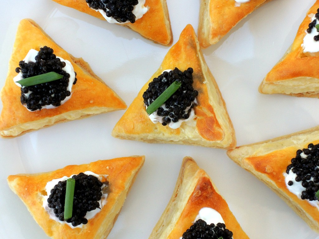 Appetizers, puff pastry, miniature vol au vents with caviar filling 2