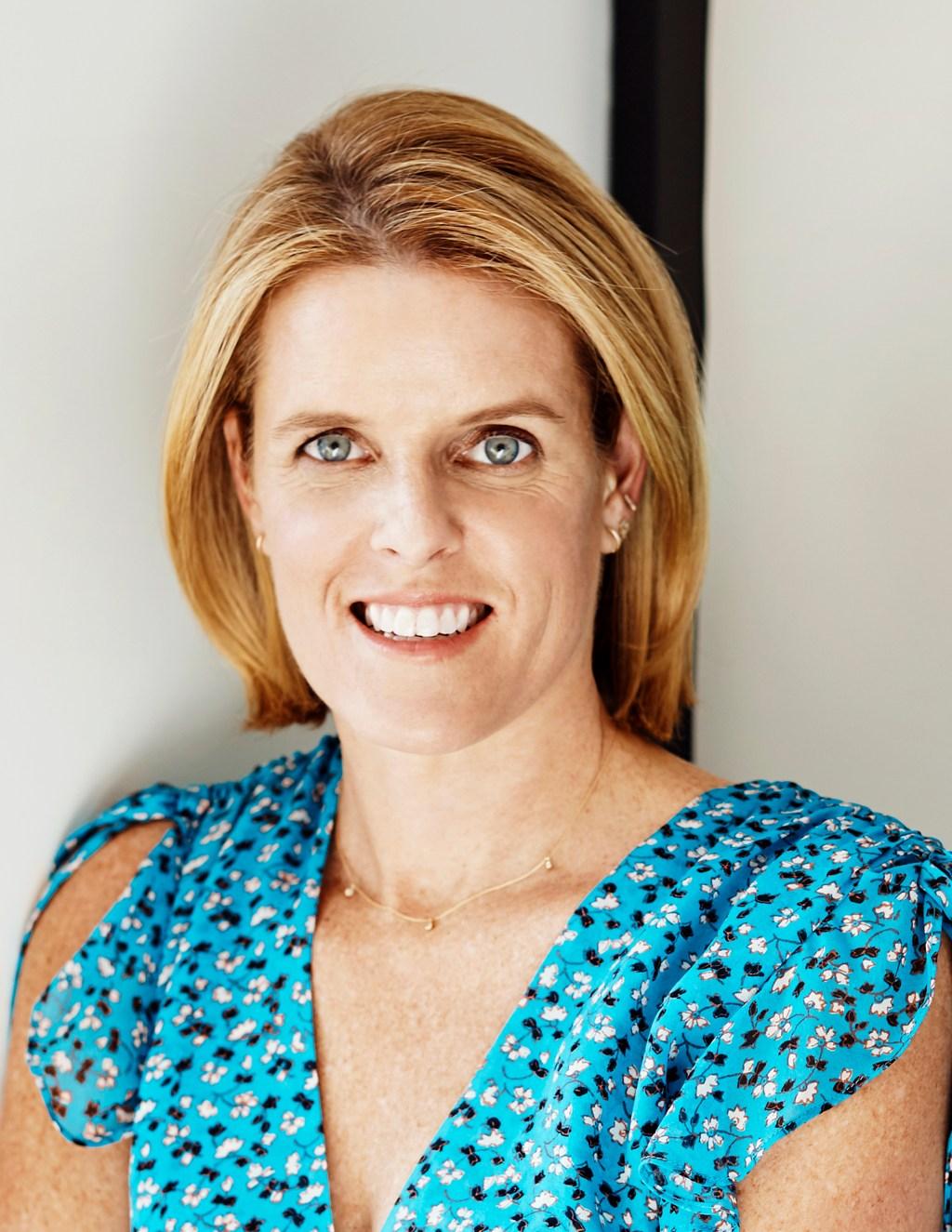 Episode 51 Lisa Gooder, Brides Magazine: The Passion of Storytelling