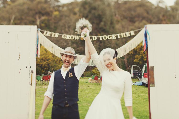 Jonathan Ong Photography. www.theweddingnotebook.com