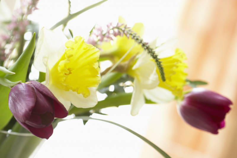 spring-flower-arrangement.jpg