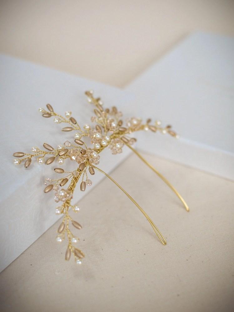 AR559 - handmade crystal & pearl veil comb in gold (2)