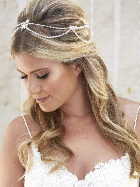 AR576 – draped halo with crystals, diamantes & pearls