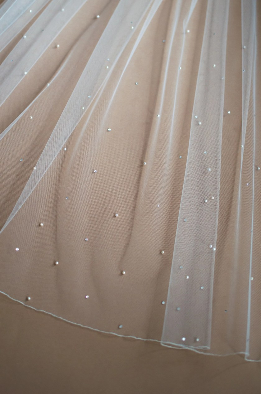 Kendra pearl and diamante beaded veil closeup