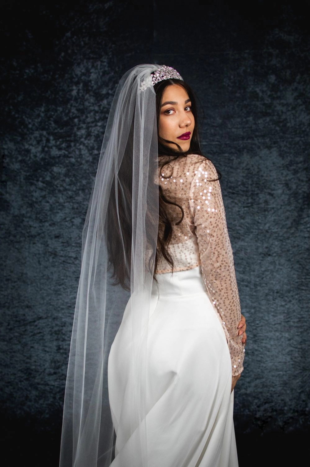 Skye – one layer plain chapel length veil with a cut edge (2)