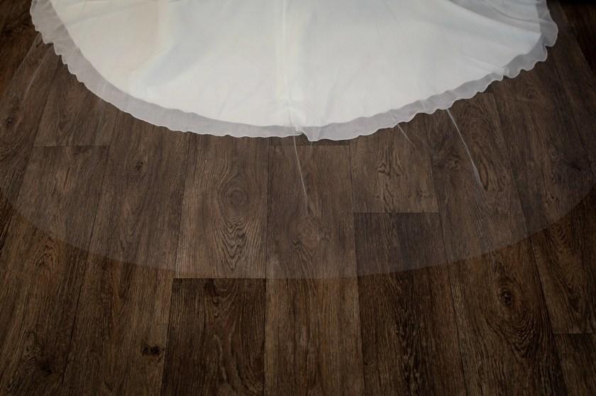 Skye - beautifully plain hand cut single layer chapel length wedding veil detail