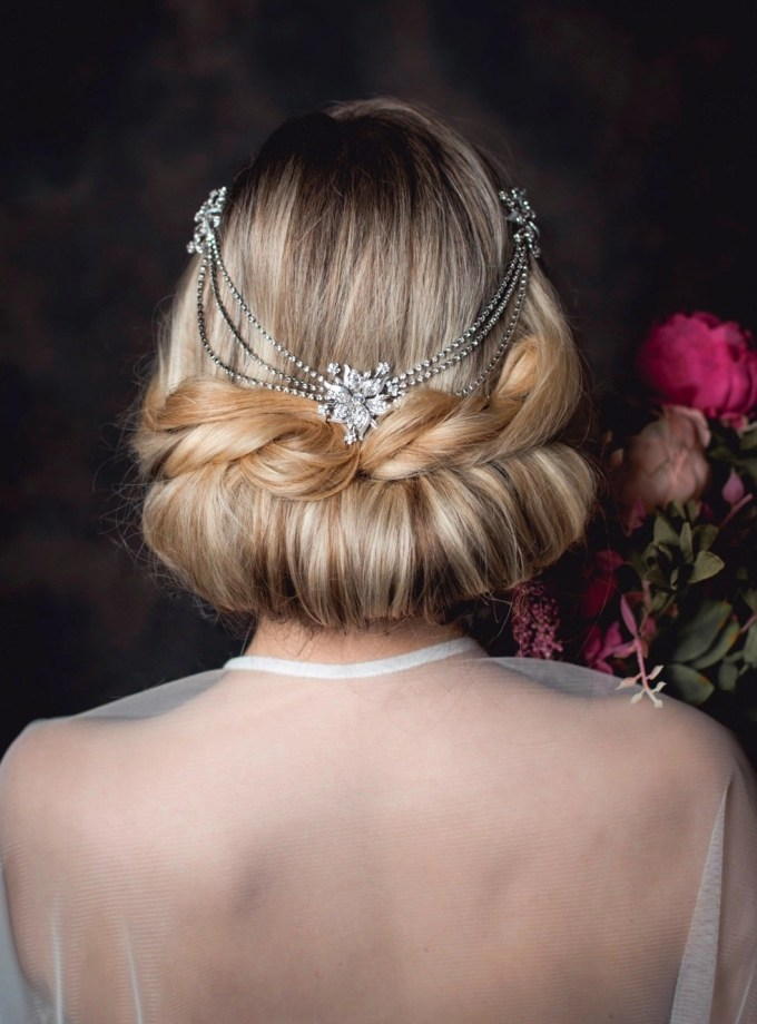 Greta - draping diamante headpiece with connecting chains on model bride TLH3136