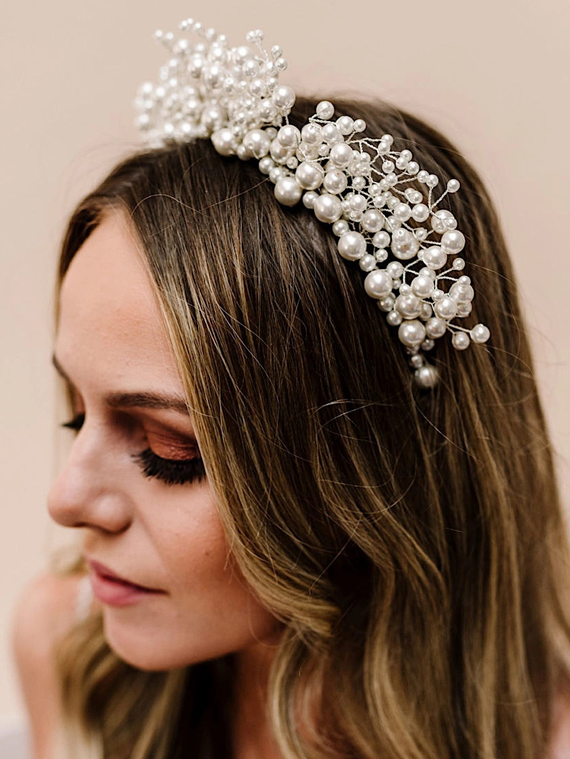 ar598 everlasting large statement tiara with lots of mixed size pearls
