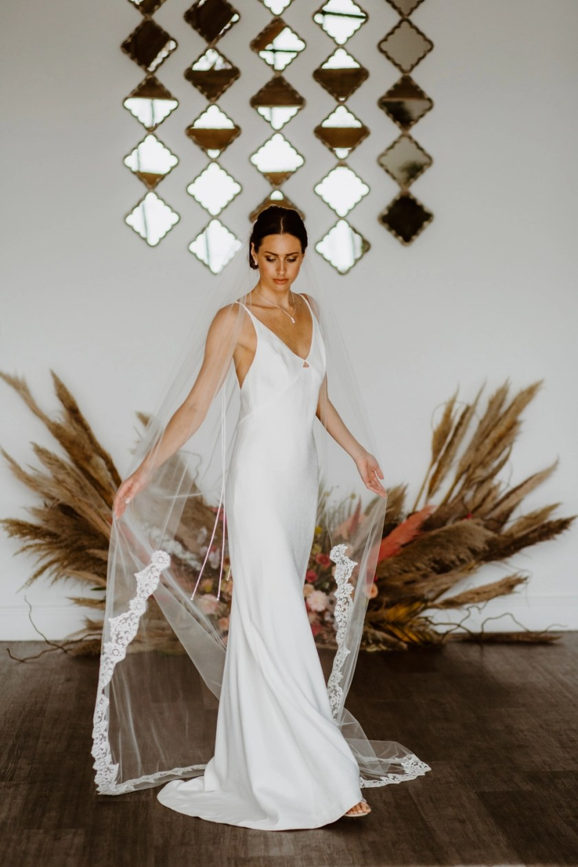 Sian - single layer chapel length veil with lace to fingertips