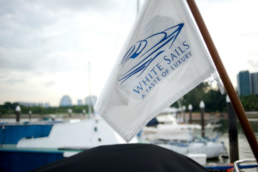 white-sails-flag-weng-ling