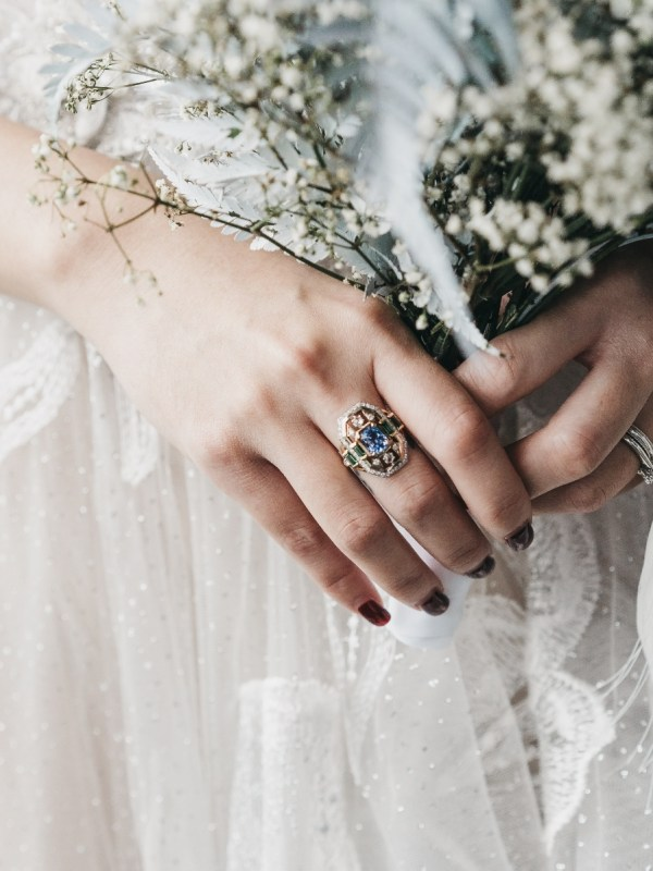 Planning a Wedding – What Does a Planner, Coordinator, Stylist or Florist Do?