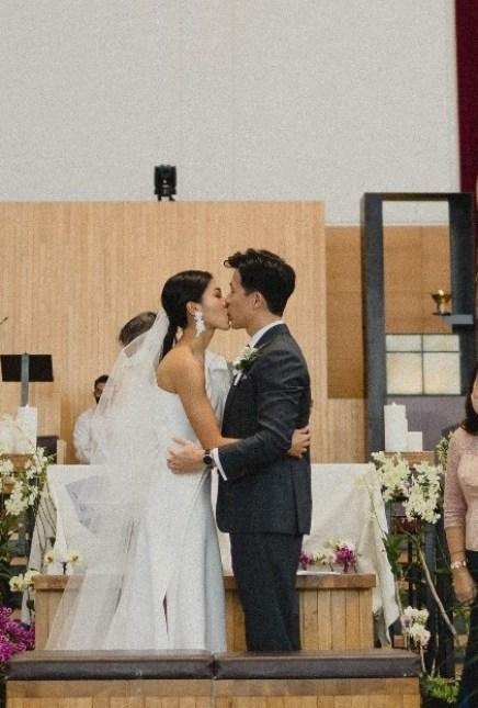 Johnathan & Gail's Rooftop Wedding at 1-Atico