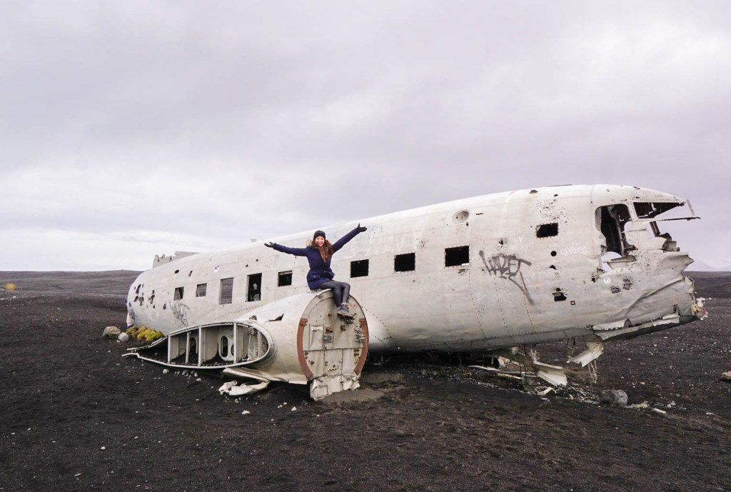 1979 DC plane crash on the black sand beach in South Iceland