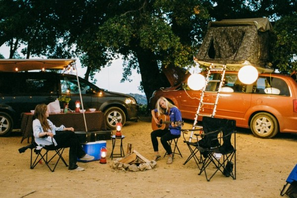 Check out the Dodge Grand Caravans, Chrysler Town & Country and Ford E350s from Lost Campers. You can pick up your camper van rental in California or Utah. The vans sleep 2 to 5 people.