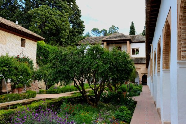 5 Great Gardens in Granada