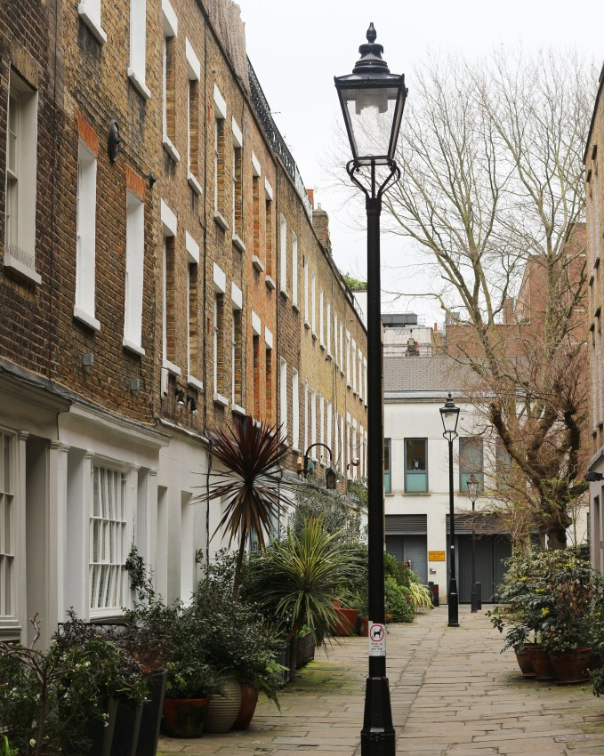 London Mews - The Weekend Guide
