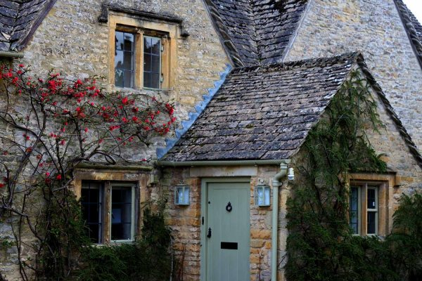 Day in the Cotswolds: Walks from Burton-On-The-Water