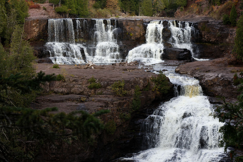 10 Waterfalls on Minnesota's North Shore - Gooseberry Falls - Minnesota waterfalls