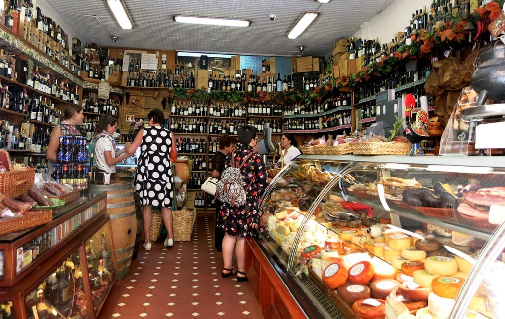 Unique things to do in Porto: visit a traditional grocer