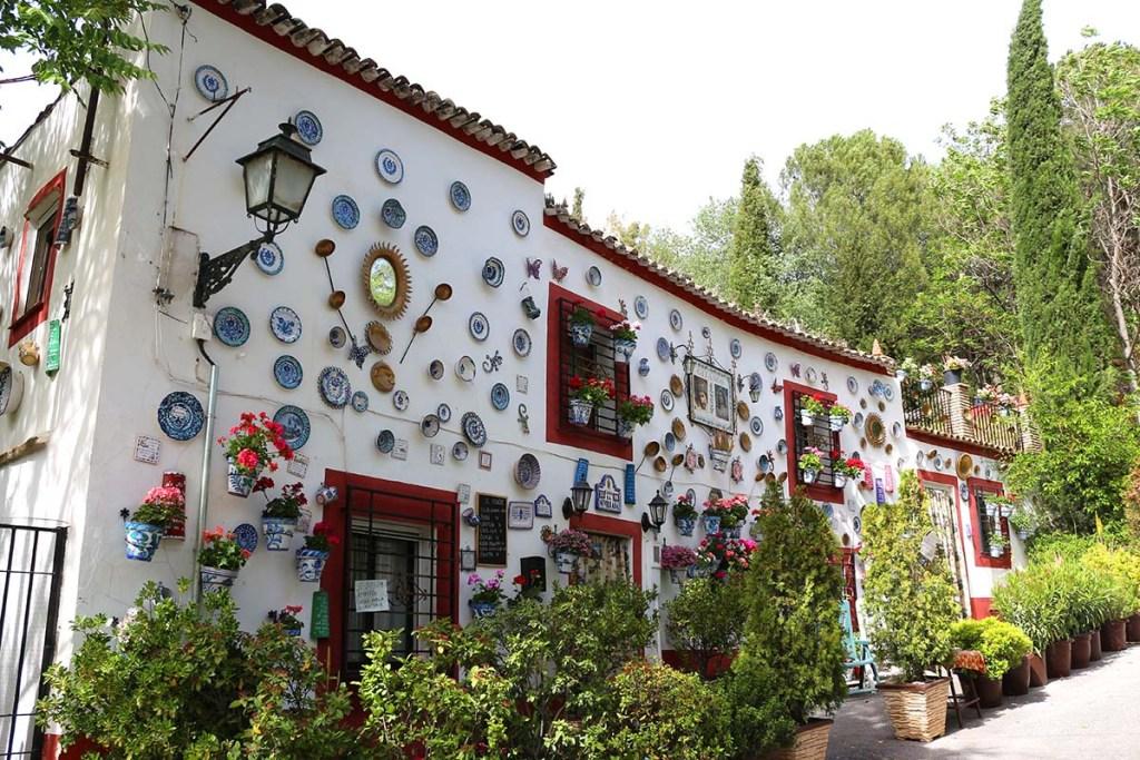 Things to do in Granada Spain - visit Sacromonte
