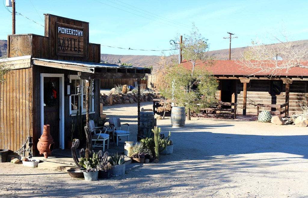 Places to Stay Near Joshua Tree National Park