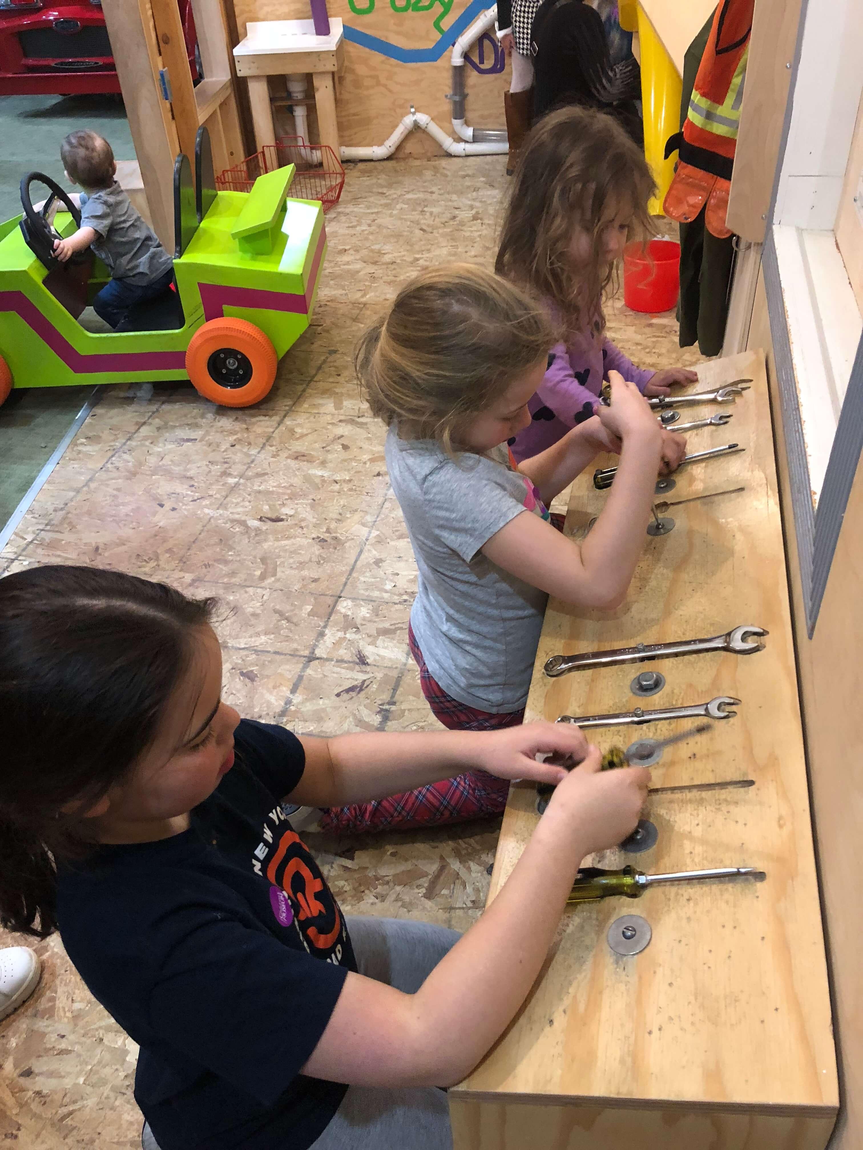 builder station at Mid-Hudson Children's Museum