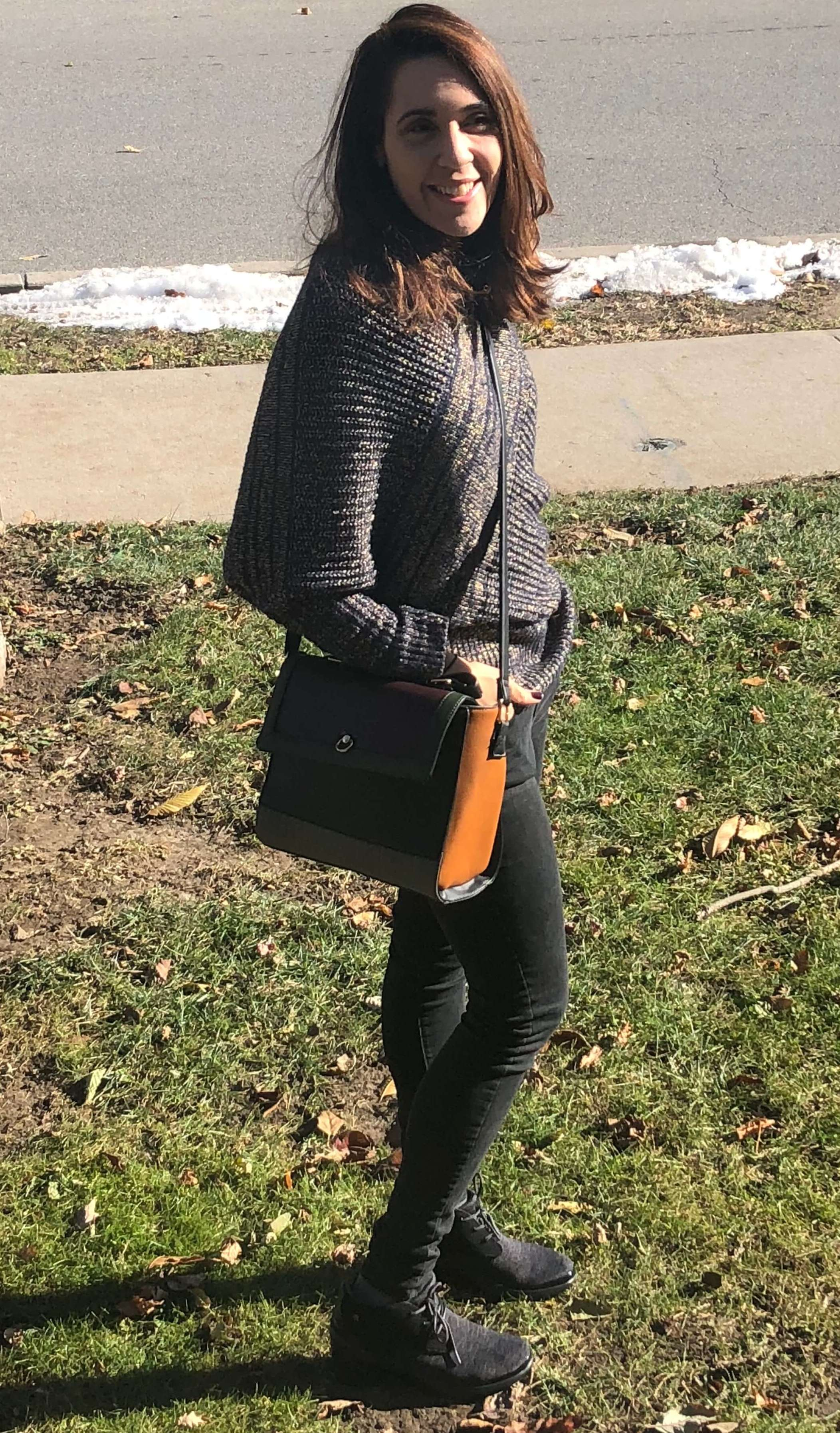 fall essentials and shoes for moms
