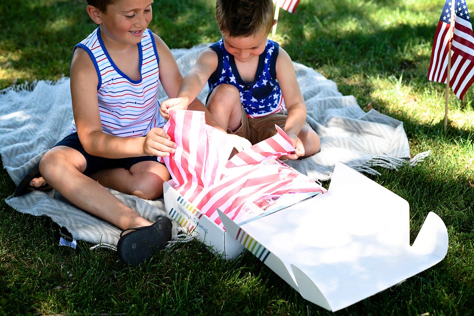 Year Cheer 4th of July Box