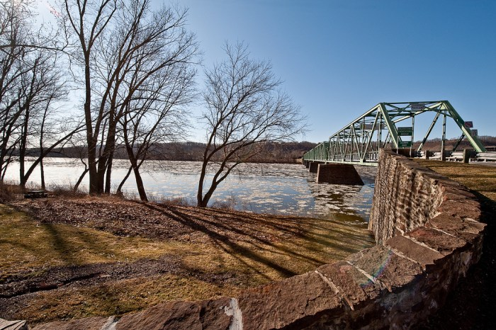 Delaware River in Frenchtown, NJ (photo by flickr4jazz/Flickr)