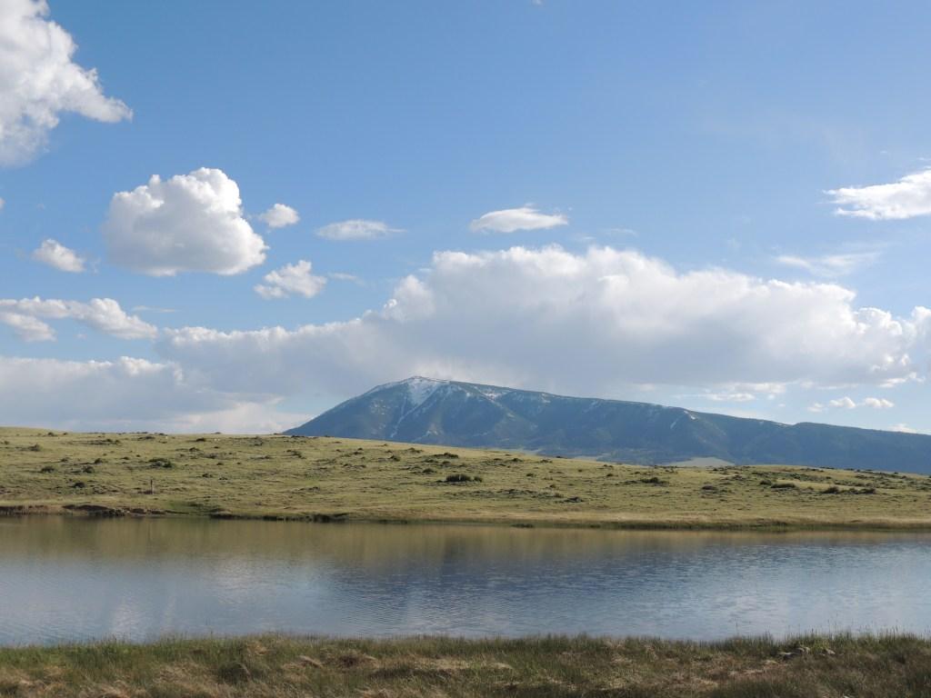 Elk Mountain, Wyoming | TheWeekendJetsetter.com