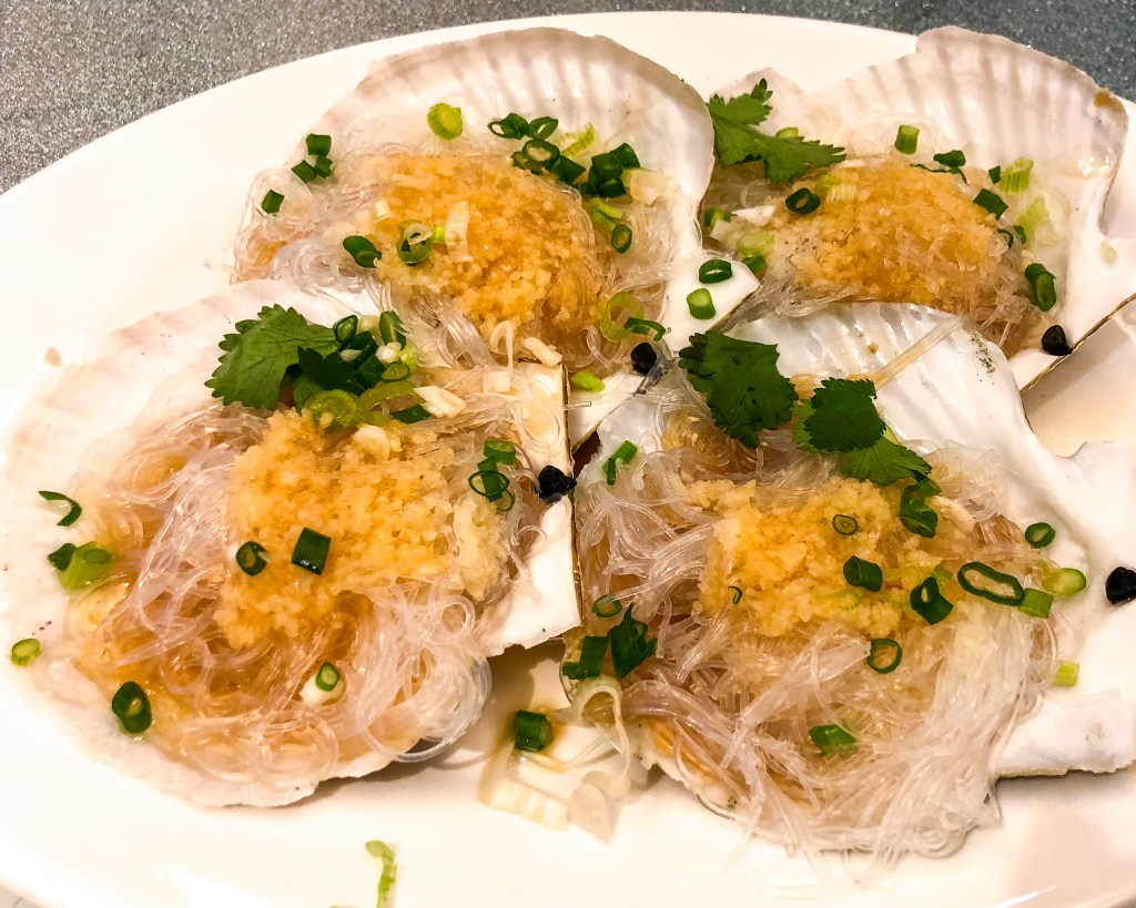 Things to Eat in Hong Kong: Steamed scallops with garlic and vermicelli at Loaf On in Sai Kung | TheWeekendJetsetter.com