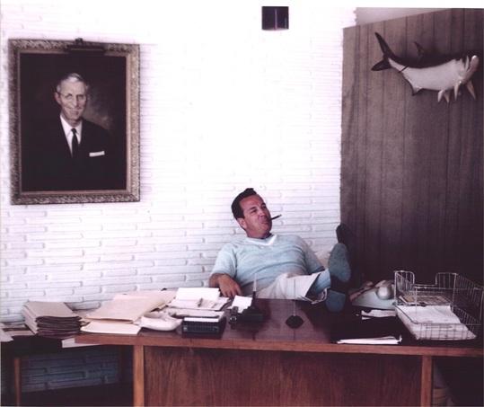 Alan G. Schmitt died Nov. 8, 2009. Born Dec. 23, 1924