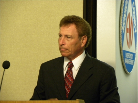New Marathon City Manager Roger Hernstadt