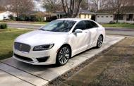 2017 Lincoln MKZ Hybrid: Efficient, luxurious, priced right