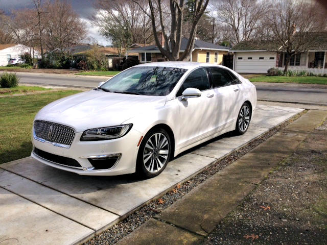 2017 lincoln mkz hybrid efficient luxurious priced right. Black Bedroom Furniture Sets. Home Design Ideas
