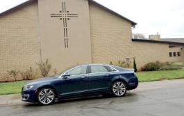 2017 Lincoln MKZ: A worthy underdog luxury sedan