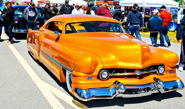 Enduring Dream Machines Show Supports Adult Health Center - Half moon bay car show