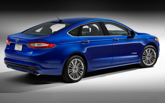 2017 Ford Fusion Hybrid: handsome, comfortable, efficient