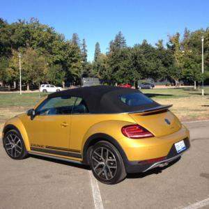 2017 Volkswagen Beetle: Spry, sporty, vital at age 72 1