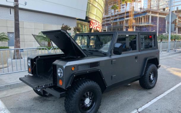 LA Auto Show, Day 1: Electric trucks, bikes, online buying