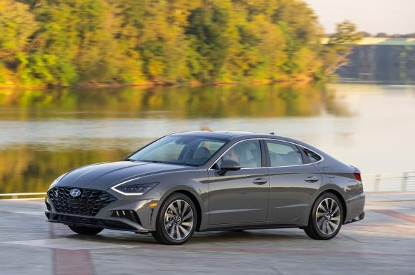 The 2020 Hyundai Sonata has been rredesigned and offers a top midsize seda value.