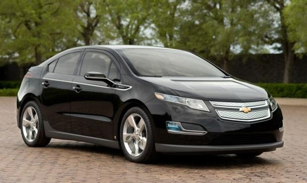The Chevrolet Volt (above) has a news sibling, the Chevrolet Bolt concept.