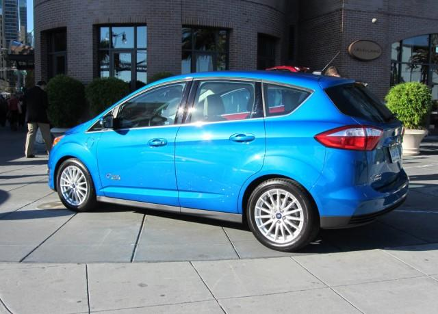 2013 Ford C-Max/C-Max Energi: Clever crossover 4