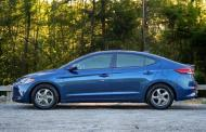 2017 Hyundai Elantra: New design, best buy compact
