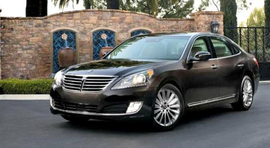 2014 hyundai equus more luxury less cost the weekly driver. Black Bedroom Furniture Sets. Home Design Ideas