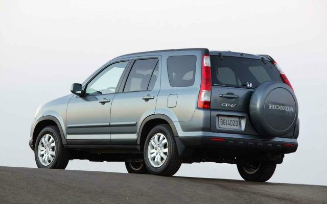 The 2005 Honda CR-V has best longevity percentage among owners of cars 10 years old.