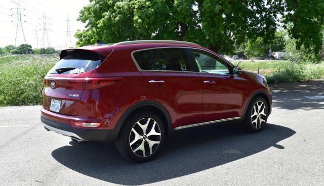 2017 Kia Sportage: New SUV design stuns, shines 3