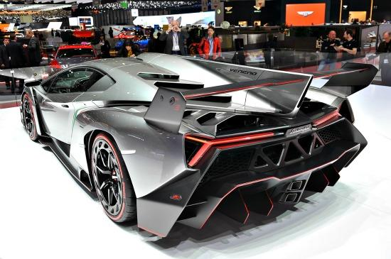 The Lamborghini Veneno was featured on 60 Minutes.