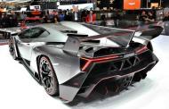 60 Minutes calls Lamborghini: 'Irrational Romance'