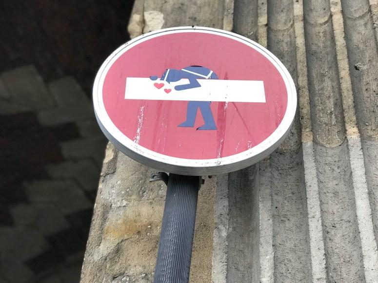 Clet Abraham, Paris